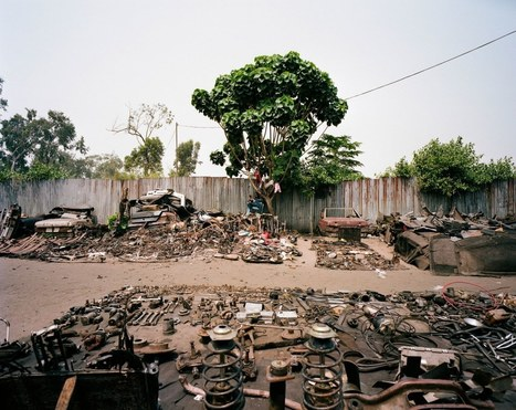 Amazing photos from Kinshasa's scrap car-parts megamarket | Outbreaks of Futurity | Scoop.it