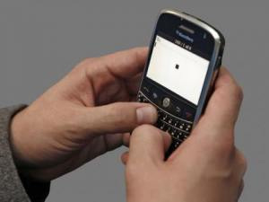 'Texting Thumb' A Growing HealthCondition - CBS Philly | It's Show Prep for Radio | Scoop.it