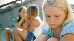 What Teachers (And Students) Must Know About Cyberbullying - Edudemic | Digital Citizenship Today | Scoop.it