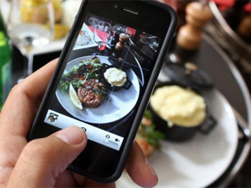 Camera shy: Should food photos be banned from restaurants? | Tourism Social Media | Scoop.it