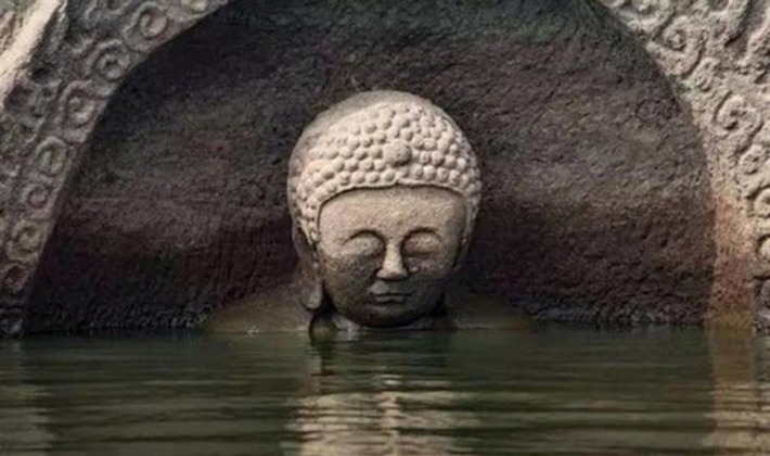 Ancient Buddha statue emerges in east China reservoir | Archaeology News Network | Kiosque du monde : Asie | Scoop.it