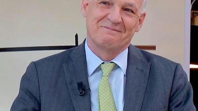 """Pierre-André de Chalendar (PDG de Saint-Gobain) : """"La rénovation énergétique est au cœur des plans de relance de tous les pays"""" - France Info - 27 mai 2021 - En replay"""