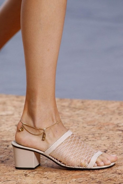 A Brief History of the Anklet | Vintage and Retro Style | Scoop.it