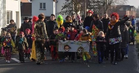 Carnavalstoet in Neeroeteren - Het Belang van Limburg   Mezeik,   Scoop.it