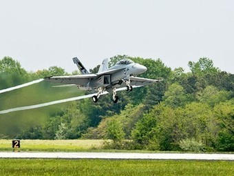 Green Hornet: F/A-18 Super Hornet Fighter Plane Flies on 50/50 Biofuel Blend | Sustainability and Sustainable Development | Scoop.it