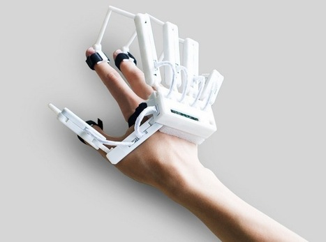 Virtual Reality Dexmo Exoskeleton Glove | 3D Virtual-Real Worlds: Ed Tech | Scoop.it