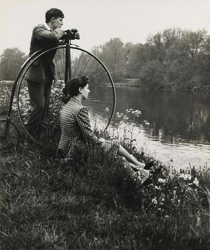 Día en el río // Day on the river (by Bill Brandt, 1941) | Photography Now | Scoop.it