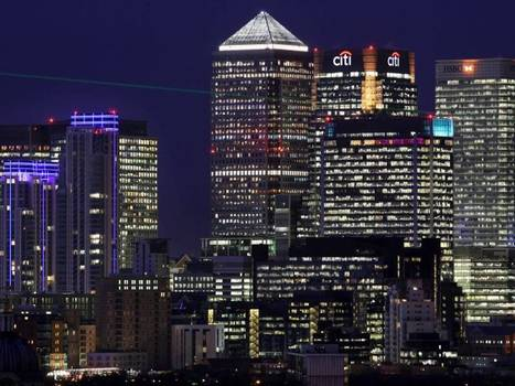 UK defeated as EU agrees to cap bankers' bonuses | News in english | Scoop.it