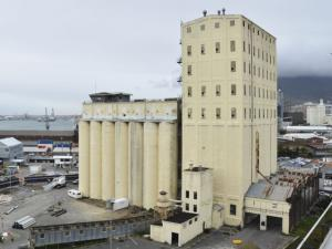 South Africa: Cape Town's historic grain silos to be redeveloped | Modern Ruins | Scoop.it