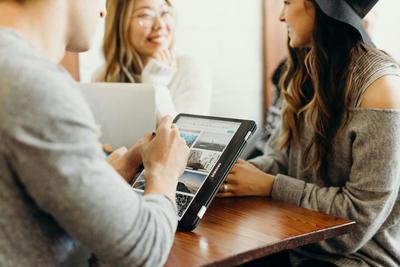 Télétravail et retour au bureau : comment gérer les attentes des salariés