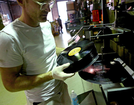 Vinyl Records Are Making a Comeback | Music News | Scoop.it