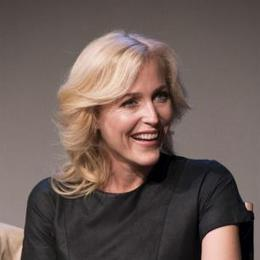 Gillian Anderson begs Paul Feig for Ghostbusters role - Movie Balla | Daily News About Movies | Scoop.it