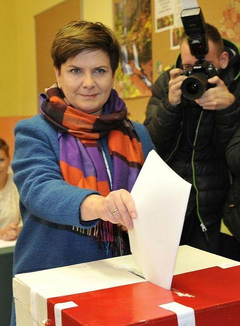 Législatives en Pologne: les conservateurs victorieux - Libération | Union Européenne, une construction dans la tourmente | Scoop.it