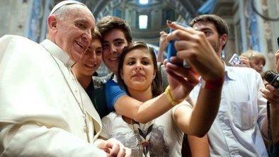 'Selfie' named as word of the year   neologism   Scoop.it