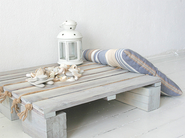 Home-Dzine - DIY small coastal-style table | What Surrounds You | Scoop.it