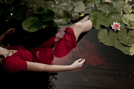 Tragedy and Dreams in Photography by Monia Merlo   photography art   Scoop.it