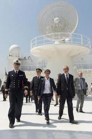 Armada de Rouen 2013 : Visite ministérielle et 2000 personnes accueillies à bord du Monge !   Bateaux et Histoire   Scoop.it