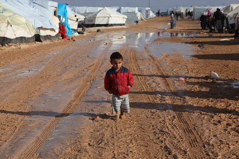 A Desert Cold and Wet Multiplies the Misery of Syrian Refugees | Global education = global understanding | Scoop.it