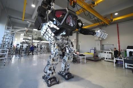 VIDÉO - Ce robot géant fait ses premiers pas, en attendant d'aider l'humanité | Une nouvelle civilisation de Robots | Scoop.it