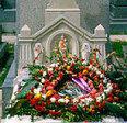 ¿Desde cuándo ponemos flores en las tumbas? | Ciencia y curiosidades:Muy interesante | Scoop.it