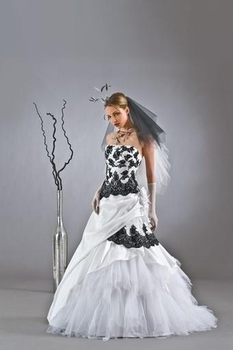 Magnifique robe de mariée neuve - Gironde | Robes de mariée d'occasion | Scoop.it