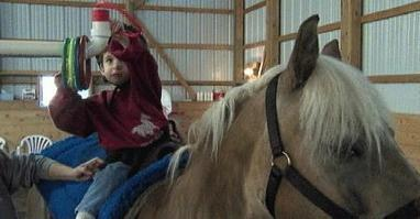 Therapists turn to Hippotherapy to help Autistic patients - WRGB | Teaching non-verbal students | Scoop.it