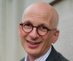 Seth Godin on The Icarus Deception, risk-taking and why it's better to be sorry than safe [Video] | Entrepreneurship, Innovation | Scoop.it