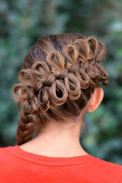 заключается том, красивые прически на длинные волосы девочке мущина