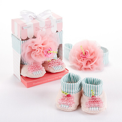 Newborn Infant Cupcake Headband and Booties Gift Set | Babies Shower Gifts | Scoop.it