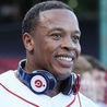 Apple to Buy Dr Dre Beats