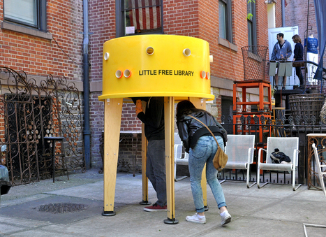 Freestanding 'street library' | Open P2P ReadWrite Museums • Free Culture • Co Creation | Scoop.it