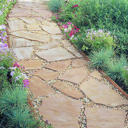 Installing a flagstone path | Gardening Life | Scoop.it