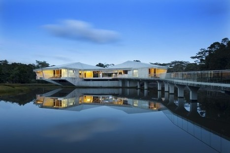 Stamp House: A Striking Off-the-Grid Beachfront Project in Queensland | Top CAD Experts updates | Scoop.it
