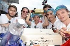 Geld maakt gelukkig, toch op Tomorrowland | The Champagne Scoop | Scoop.it