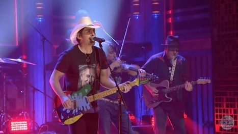 Brad Paisley Gets a 'Contact High' on 'Tonight Show' | Country Music Today | Scoop.it