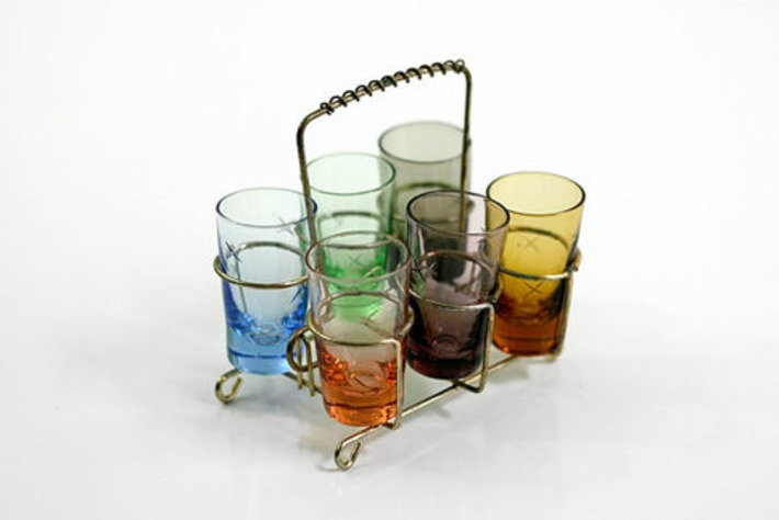 Mid Century Shot Glasses with Caddy | Antiques & Vintage Collectibles | Scoop.it