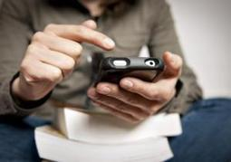 Study links heavy text messaging with sleep problems among college students   Kickin' Kickers   Scoop.it