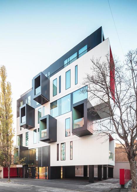 20 Most Impressive Small Office Building Design