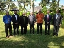 Relations franco-vanuatuanes : entretiens à Port-Vila - TAHITI INFOS | littératie | Scoop.it