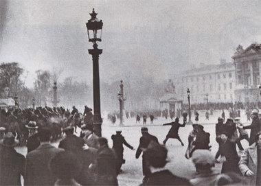 6 février 1934 - Manifestation sanglante à Paris   Racines de l'Art   Scoop.it