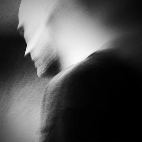 "Kristina LERNER - Série ""SHADOW JOURNAL"" | Photographie B&W | Scoop.it"