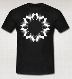 Le T-shirt più costose al mondo   Il tatuaggio di stoffa   Scoop. 4d0e5f8a888e