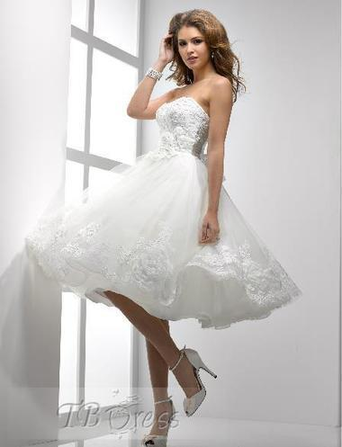 bacb2eb1380 Stunning A-line Knee-length Strapless Lace-up Bowknot Flowers Short Wedding  Dress