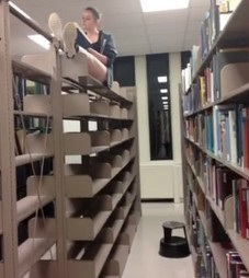 Haystacks vs. Algorithms: Is Scanning the Stacks for [Pretty] Books Really the Best Research Strategy? - The Ubiquitous Librarian - The Chronicle of Higher Education | Reading discovery | Scoop.it