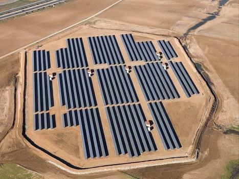 La fotovoltaica ya se codea en costes con la nuclear | estamosimplicados.com | Autoconsumo | Balance Neto | Ahorro y Eficiencia Energética | Scoop.it