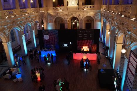 Lyon Light Festival Forum : quelle place pour la lumière événementielle dans l'éclairage public ?   Journal d'un observateur Event & Meeting   Scoop.it