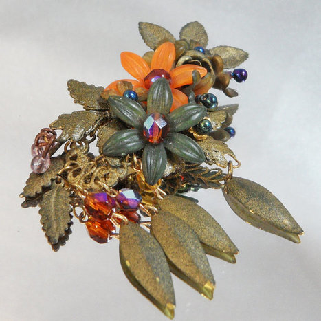 81cae5191eb Vintage Colleen Toland Brooch. Dangling Crystals and Leaves. Rhinestones.  Flowers.