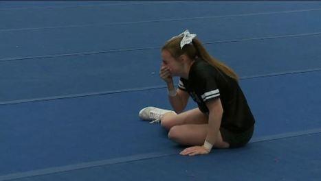 Navy Dad Surprises Daughter At Cheer Practice | WinMax Negotiations | Scoop.it