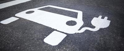 Demain tous en voiture électrique ? Des freins restent à lever