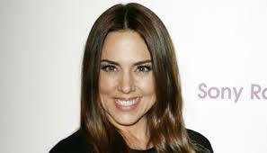 Mel C bans daughter from seeing Rihanna's raunchy pictures - Movie Balla | Daily News About Movies | Scoop.it